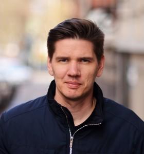 Micael Hallström